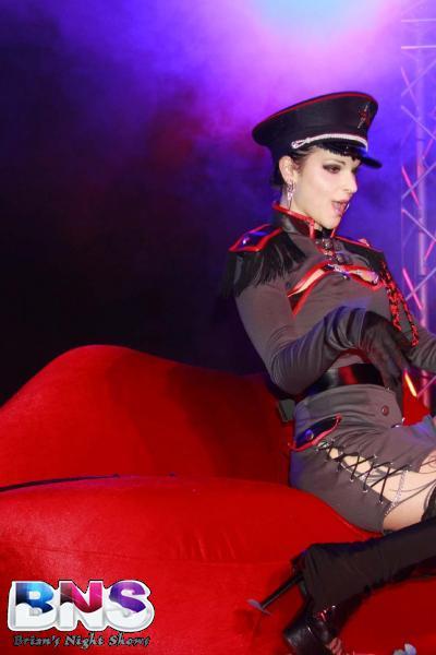 stripteaseuse Eva 31