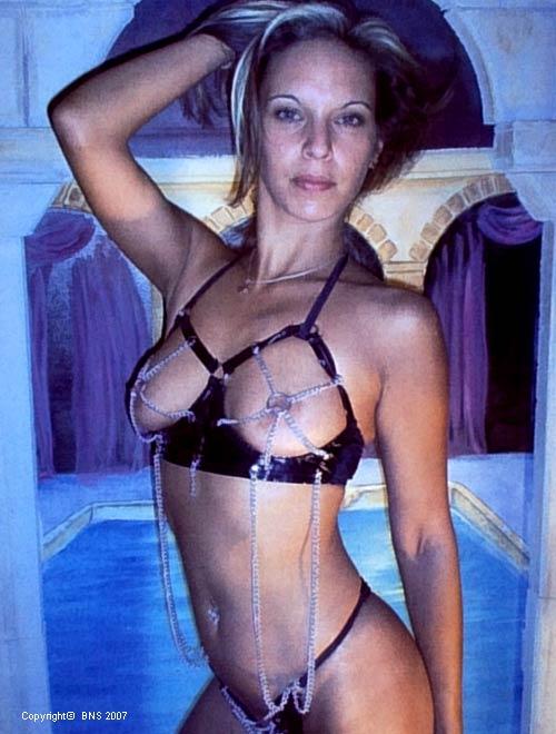 pimppi wikipedia show striptease